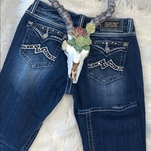 Miss Me // Easy Boot Jeans